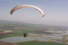 падение освобождает парашют Стоковая Фотография RF