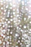 падения фокусируют вне дождь стоковое фото