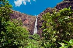 Падения Wallaman, каскад и водопад horsetail на Sto стоковые изображения rf