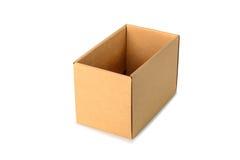 Пакет картонной коробки Брайна, изолированный на белой предпосылке Стоковые Изображения RF