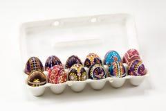 Пакет красочного традиционно покрашенного пасхального яйца Sorbian стоковое фото rf