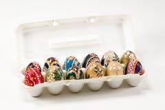Пакет красочного традиционно покрашенного пасхального яйца Sorbian стоковая фотография
