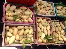 Пакет манго стоковые изображения rf