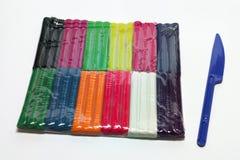 Пакет развлечений с 12 цветами дневного пластилина Стоковое Изображение