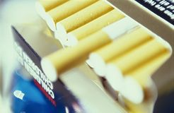пакет сигарет Стоковая Фотография RF