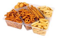 Пакет смачного смешивания закуски кренделя и шутихи стоковое изображение rf