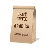 Пакет сумки еды бумаги Брайна кофе ремесла Реалистический шаблон модель-макета вектора Комплексное конструирование вектора Стоковые Фотографии RF