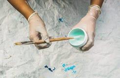 Пакостные руки художника Стоковое фото RF