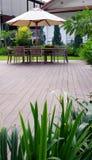 палубы мебели древесина outdoors Стоковая Фотография RF