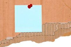 Памятка на сорванном картоне стоковые изображения rf