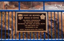 Памятная доска на мосте Pont De Ренна стоковые фото