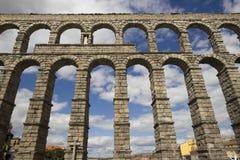 памятники столетия 1-ого aquaduct объявления самые лучшие построенные наполовину иберийские левые большая часть один полуостров с Стоковые Изображения RF