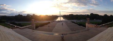 Памятник Вашингтона на восходе солнца Стоковая Фотография
