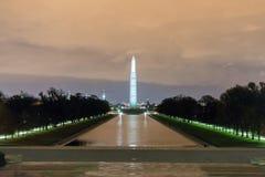 Памятник Вашингтона после захода солнца Стоковая Фотография RF