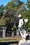 Памятник в кладбище Стоковые Фотографии RF