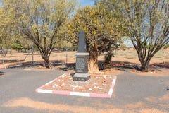 Памятник в Kakamas, чествуя могилы двинутые во время отделенного Стоковые Фотографии RF