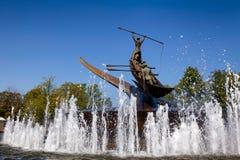 Памятник китоловства и фонтан Sandefjord Vestfold Норвегия стоковые фото
