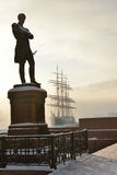 Памятник к адмиралу Ивану Krusenstern (Schroder, 1873) Стоковое Фото