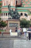 Памятник к гражданину Minin и принцу Pozharsky стоковая фотография