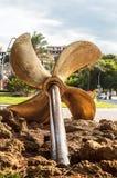 Памятник к матросам и рыболовам Пропеллер шлюпки Стоковая Фотография