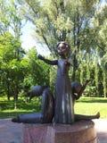 Памятник к маленькой девочке Стоковая Фотография RF