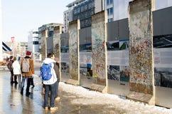 Памятник к стене на Potsdamer Platz Стоковые Изображения