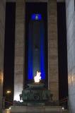 Памятник огня и флага Стоковые Изображения RF