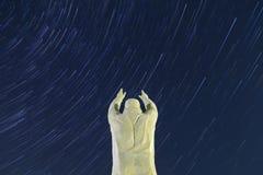 Памятник Юрия Gagarin Байконур Предпосылка Startrails стоковая фотография