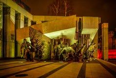 Памятник для того чтобы отполировать восстание бойцов в Варшаве Польше 6-ого декабря 2015 Стоковые Изображения