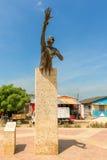 Памятник Benkos Bioho в главной площади в San Basilio de Palenque стоковое изображение rf