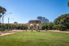 Памятник Expedicionario сгабривает на парке Farroupilha или парке Redencao в Порту-Алегри, Rio Grande do Sul, Бразилии стоковые изображения rf