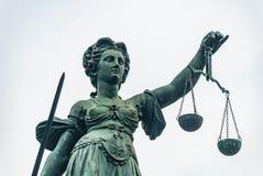 Памятник Justicia - Франкфурт Стоковое Изображение