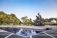 Памятник Tugu Negara, популярное туристское назначение в Куалае-Лумпур стоковые фотографии rf