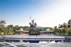Памятник Tugu Negara, популярное туристское назначение в Куалае-Лумпур стоковое фото rf
