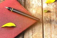 Память ручки и тетради в лете Стоковая Фотография
