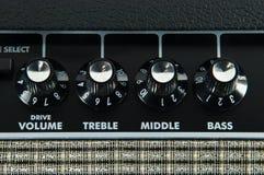 панель гитары управлением усилителя стоковое изображение rf