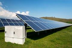 Панель солнечных батарей, фотовольтайческий, альтернативный источник электричества - conc Стоковые Фотографии RF