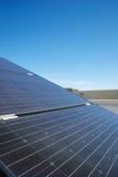 панели настилают крышу солнечное Стоковые Изображения RF