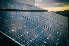 Панели солнечной энергии для экологически чистой энергии Стоковое Фото