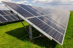 Панель солнечных батарей и возобновляющая энергия Стоковое фото RF