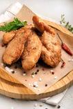 Панированые цыплята стоковые изображения