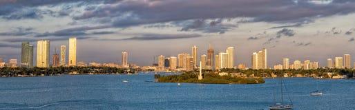 Панорама ландшафта городского пейзажа Майами на восходе солнца Стоковые Фото