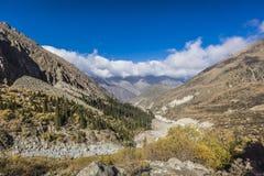 Панорама ландшафта горы ущелья алы-Archa Стоковое фото RF