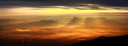Панорама ландшафта горы Стоковое фото RF