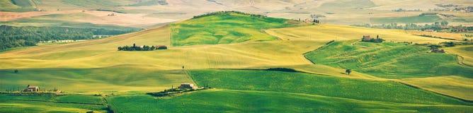 Панорама ландшафта Тосканы на заходе солнца, d& x27 Val; Orcia, Италия Стоковые Изображения