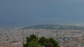 Панорама Барселоны от верхней части горы Tibedabo акции видеоматериалы