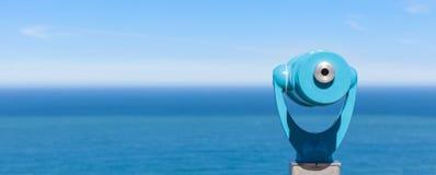 Панорама биноклей и океана Стоковая Фотография RF