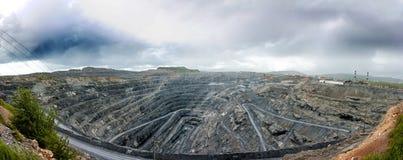 Панорама большого карьера магнезита Стоковое Изображение