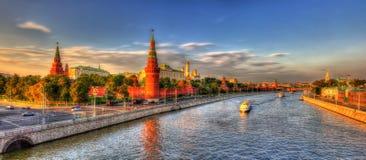 Панорама вечера Москвы Кремля Стоковые Фото