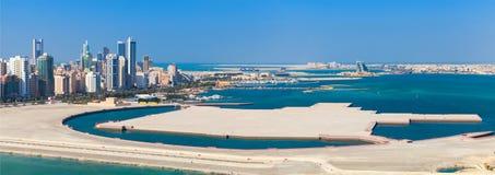 Панорама взгляда птицы города Манамы, Бахрейна Стоковое Изображение